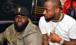 Davido And His Hypeman Mock Iyanya And Ubi Franklin (Video)